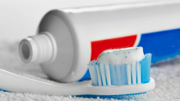 [新聞]牙膏裡「這個」成分恐致癌?選購使用都要注意!