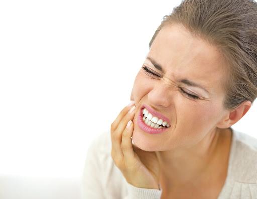 [新聞] 牙痛不去看醫生? 當心小病不治拖延成大病